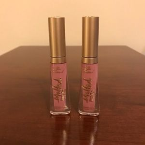 NWOB!! 2X Too Faced Melted Matte in Queen B